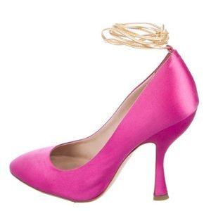 Beautiful Pink Designer Miu Miu Round Toe Pump